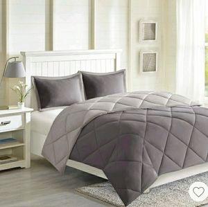 Madison Park Reversible Comforter Set